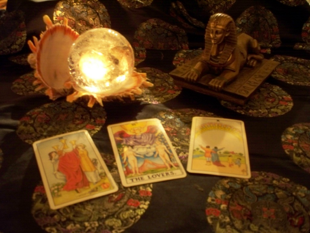 Prorecite Vaš dan pomoću tarot karte!